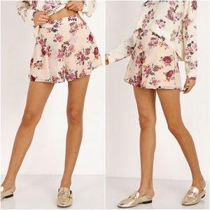 Show Me Your Mumu Vero floral shorts
